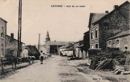 Gedinne Rue De La Gare édit Beghon Lemye Troupeau De Vaches - Gedinne