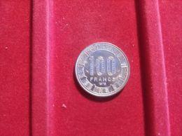 GABON 100 FRANCS 1975 - Gabón