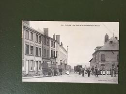 FLOING-La Place Et La Route De Saint-Menges - Otros Municipios