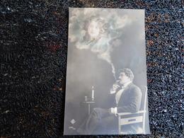 Photomontage, Homme Pensif, Dame Dans La Fumée De Sa Cigarette, Bougie   (Z6) - Couples