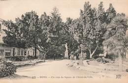 Algerie Bone Un Coin Du Square De L' Hotel De Ville - Annaba (Bône)