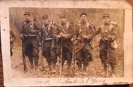"""Carte Photo, Soldats Au Terme D'une Marche De 40 Kms """"groupe D'enfants De L'Yonne"""", Photo Guillard, Toul (54) - Manovre"""