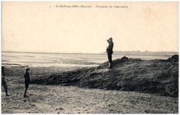 50 SAINT-PAIR-sur-MER - Douanier En Observation - Saint Pair Sur Mer