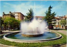 ROVIGO  Piazza Roma  Fontana - Rovigo