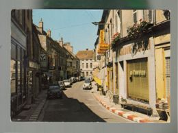 CP (21) Saulieu  -  Rue Du Marché  -  Citroën 2cv, DS, Ami6 - Saulieu