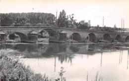 16 - CHÂTEAUNEUF-s/-CHARENTE - Le Pont Sur La Charente - Chateauneuf Sur Charente
