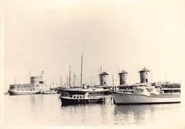 Griekenland Greece Rhodos Baie De Mandraki Haven Port  Windmill Mill Windmolen    Photo Foto GEVAERT   Barry 4180 - Grecia
