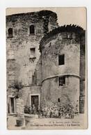 - CPA THÉZAN-LES-BÉZIERS (34) - La Bastille 1920 (avec Personnages) - Photo A. Bardou - - Francia
