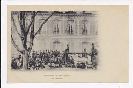CP 92 NEUILLY SUR SEINE Institution De Mlle Julien Les Omnibus - Neuilly Sur Seine