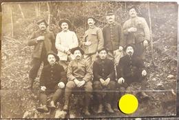 N° 325  ) CPA MILITARIA-RESERVISTES DE CHASSEURS ALPINS OU GARDES FORESTIERS DES EAUX ET FORÊTS-A IDENTIFIER-CARTE PHOTO - Guerra 1914-18
