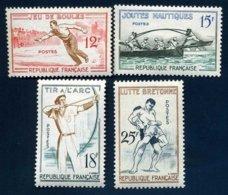 France 1161* à 1164* Jeux Traditionnels Série Boules Joutes Nautiques Tir à L'Arc Lutte Bretonne - Neufs