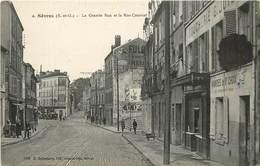 SEVRES - La Grande Rue Et La Rue Cournol, Une Boucherie. - Sevres