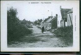 SEBONCOURT RUE DE CHANTERAINE - Francia