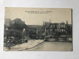 LE NOUVION — Coin De La Place Et Rue De La Croix - Nouvion