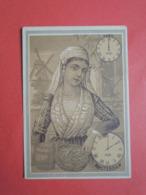 CHROMO  Lith. GIBERT-CLAREY.  Les Heures Dans Le Monde. Horloge. AMSTERDAM.  Pays-Bas - Vieux Papiers