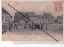 Alluy (58) La Place (nombreux Personnages) - Unclassified