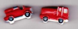 2 Feves Véhicules Pompiers Camion Pompier Type 1950 Et Type 2000 - Fèves