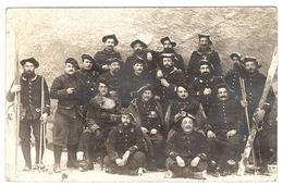 MILITARIA - CARTE PHOTO - GROUPE DE MILITAIRES - Obliteration 1915 - Guerra 1914-18