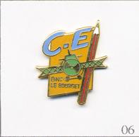 Pin's Banque / Assurance - BNP / Club Aéronautique Du Bourget (93). Estampillé JPB Prestige. EGF. T686-06 - Banken