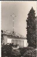 Carte Postale. Vence. La Chapelle Du Rosaire. Conçue Et Dessinée Par Matisse. Photo De G. Rossat Mignod. - Fotografía