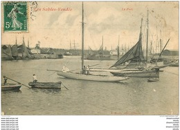 WW 85 LES SABLES D'OLONNE. Voilier, Barques Et Bateaux De Pêcheurs Dans Le Port 1907 - Sables D'Olonne