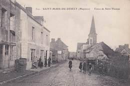 CPA  Saint Mars Du Désert (53) Route De Saint Thomas (Rare) Animation Devant Le Café - France