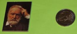 Mini-Livre - Publicité TOTAL De 1970 - Centenaire III ème République - Tome 1 : Victor HUGO - Publicités