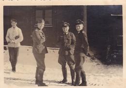 PHOTO ORIGINALE 39 / 45 WW2 WEHRMACHT FRONT RUSSE SOLDATS ALLEMANDS JEUNESSE HITLÉRIENNE - Guerre, Militaire