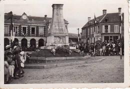 14 BALLEROY Photo Originale 14 Juillet 1944 Place De La Mairie Musique Anglaise WW2 - 1939-45