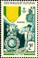 Wallis & Futuna Poste N* Yv:156 Mi:179 Centenaire De La Médaille Militaire (points De Rouille) - Wallis E Futuna