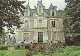1564 Le Lion D'Angers - Château Des Sources - Altri Comuni