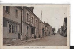 MOUZAY   CENTRE DU BOURG   BOUTIQUE EPICERIE   PERSONNAGES DEPT 37 - Autres Communes