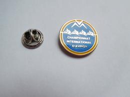 Beau Pin's , Aviron , Championnat International D' Aviron - Roeisport