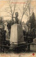 CPA PARIS (20e) Le Pere-Lachaise. Mon. D'Eudes (537994) - Distretto: 20