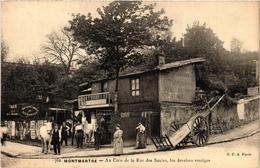 CPA PARIS (18e) Montmartre. Au Coin De La Rue Des Saules Vestiges (538139) - Arrondissement: 18