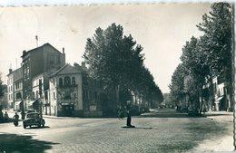 92 - Chaville : Carrefour Du Puits Sans Vin - Chaville