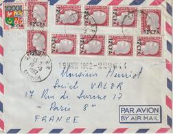 Lettre Par Avion 1962 De St Denis Pour La France - Réunion (1852-1975)