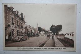 41 : Saint Aignan Sur Cher - Grand Hôtel Saint Aignan Et Les Quais   ( Anciene Voiture ) - Other Municipalities