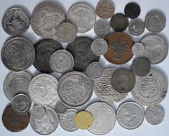 Islamische Münzen: Kleines Konvolut Von Insgesamt 36 Silber- Und Kupfermünzen Islamischer Staaten; O - Islamische Münzen