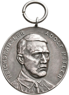 """Medaillen Deutschland: Drittes Reich 1933-1945: Silbermedaille 1933, Signiert """"W"""". Av: Brustbild Nac - Deutschland"""