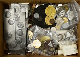 Alle Welt: Über 3 Kg Münzen, Medaillen, Jetons Und Plaketten Aus Aller Welt, Ab 18. Jhd. - Ohne Zuordnung