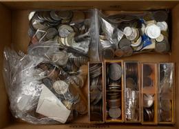 Alle Welt: Ca. 3 Kg An Münzen Aus Aller Welt, Dabei Einige Silbermünzen Gesichtet. - Ohne Zuordnung