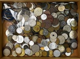 Alle Welt: Hübsche Kiloware. Münzen Aus Aller Welt, Dabei Aber Auch Durchaus ältere Münzen Um 1900 S - Ohne Zuordnung