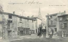 CPA 69 Rhône SAINT GENIS LAVAL St La Place - Boulangerie - Epicerie Mollon - Andere Gemeenten