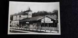 Cp 57 MOSELLE CREUTZWALD LA CROIX La Gare Batiment Ligne De Chemin De Fer Wagons Adr Latif Ile D'Oleron 17 Charente M - Creutzwald