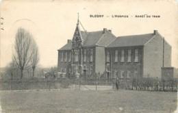 Blégny : L' Arrêt Du Tram Devant L' Hospice - Blégny
