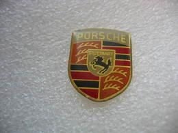 Pin's Embleme Des Automobiles PORSCHE Stuttgart - Porsche