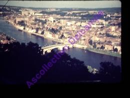 Slide Amateur Diapositive Amateur Belgique,  1972 Namur Meuse - Dias