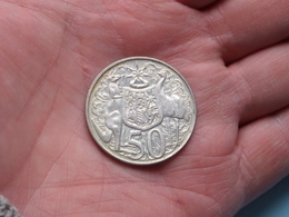 1966 - 50 Cents > KM 67 > Elizabeth II ( Uncleaned Coin / For Grade, Please See Photo / Scans ) ! - 50 Cents