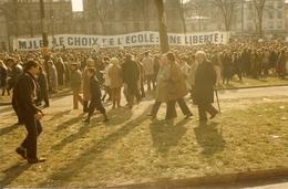 VERSAILLES - 1984 - Manifestation Des écoles - 5 Photos - Places